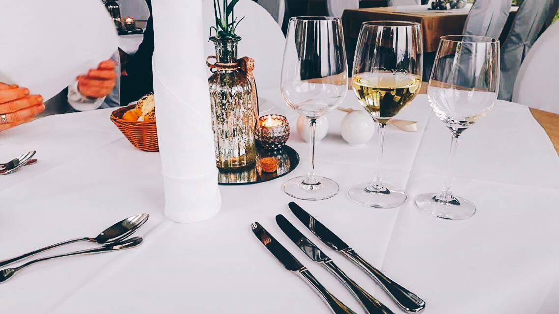 arrangements buckow strandhotel vier jahreszeiten ort buckow restaurant a