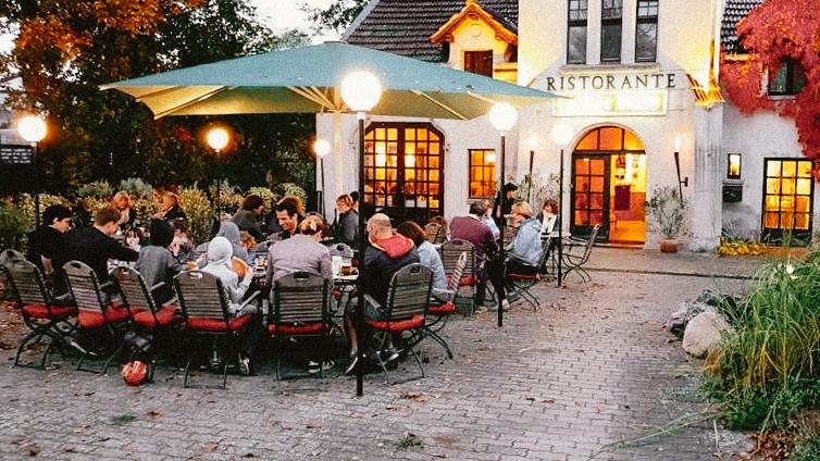 buckow stadt impressionen buckow strandhotel vier jahreszeiten ort buckow restaurant d