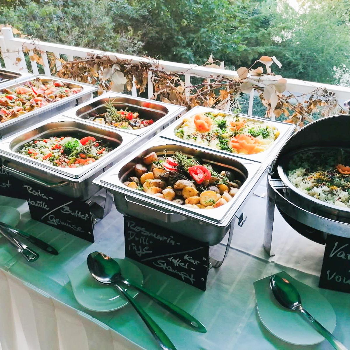 catering strandhotel vier jahreszeiten hotel buckow food j