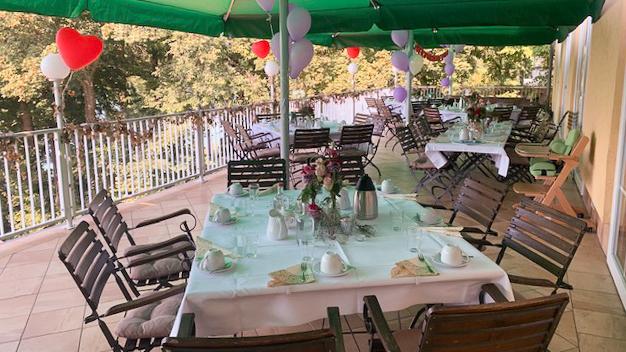 festliche raeume buckow strandhotel vier jahreszeiten ort buckow restaurant a
