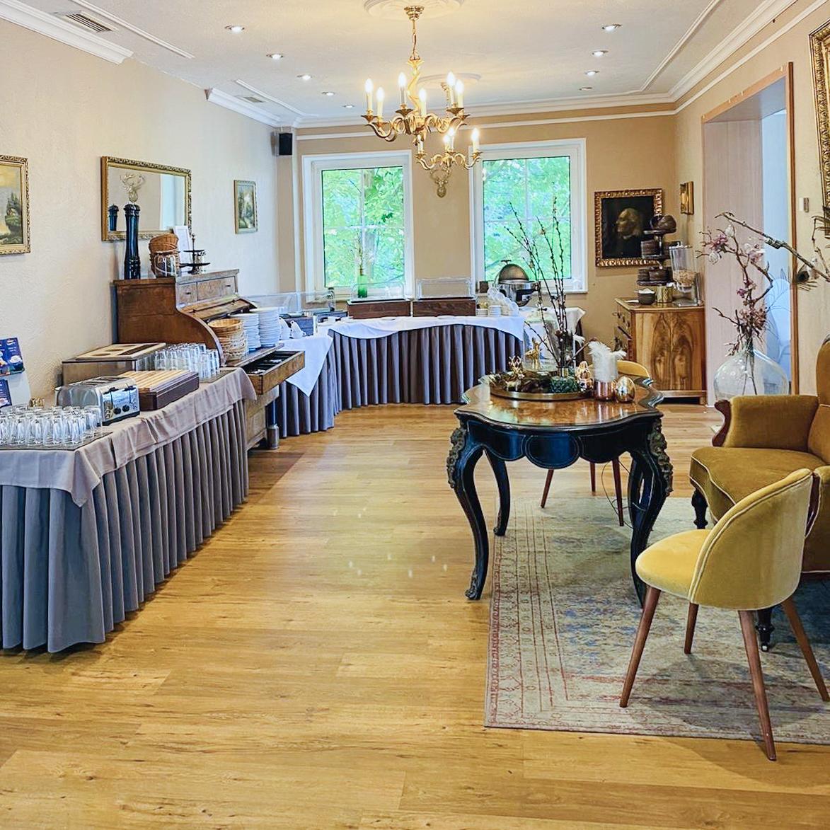 gastronomie bar raeume inspiration strandhotel vier jahreszeiten ort buckow restaurant b